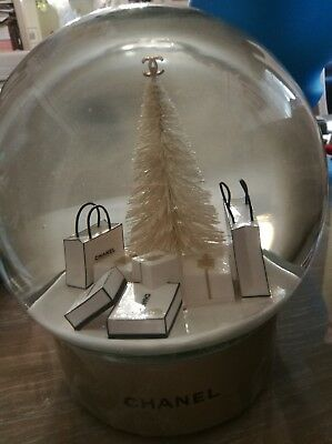 Chanel Snow Dome Globe Electrical XMAS Tree Gold super rare