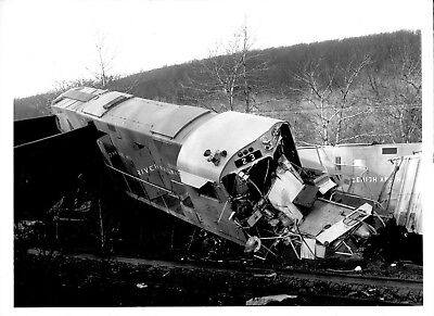 1965 Lehigh New England Train Wreck Original Photograph PA X2200S Magazine