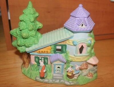 Cottontale Cottages - Easter collectibles - Carrot Cake