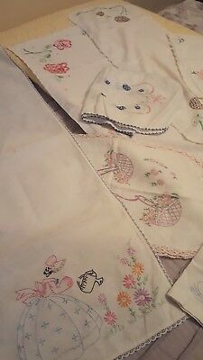 VINTAGE TABLE RUNNERS HAND EMBROIDERED CROCHET EDGE Doilies LINENS LOT OF 8