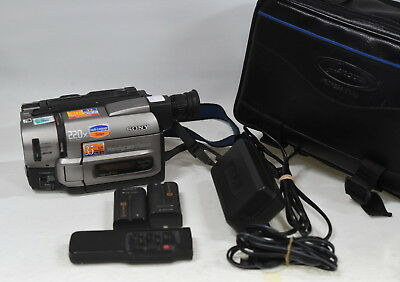 Sony CCD-TRV45E Hi8 Video Camera Handycam & Accessories