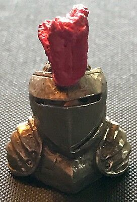Vintage Pewter Thimble Knight With Moving Visor Made In England T-1031