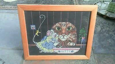 Beautiful Vintage Framed Cross Stitch Embroidery Cat In A Mouse Hole & Mouse