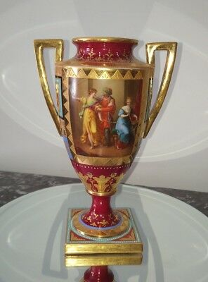 ANTIQUE ROYAL VIENNA BOHEMIAN PORCELAIN URN / VASE. Porcelaine Royal de Vienne