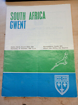 GWENT v SOUTH AFRICA 19 November 1969  SIGNED RUGBY PROGRAMME