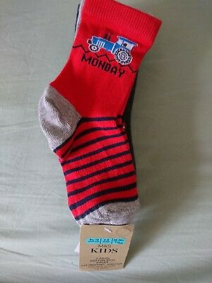 New boys pack of 7 pairs M&S weekday socks with vehicle pictures 3-6 years