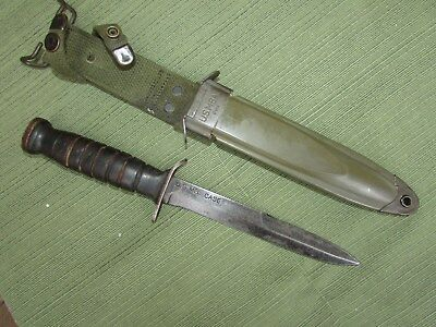 US WW2 CASE Blade Marked M3 Trench Knife w/ M8a1 Scabbard. 7 Groove Handle