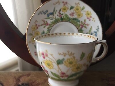VINTAGE TUSCAN FINE BONE CHINA MADE IN ENGLAND! Excellent Condition!