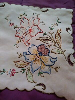 Exquisite Color Embroided & Cutwork Madeira Linen Runner 26 1/2  x 12 1/2 Inches