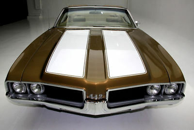 1969 Oldsmobile 442 Gold 1969 Oldsmobile 442 Convertible, Fully Restored, 455/365hp, Triple Gold