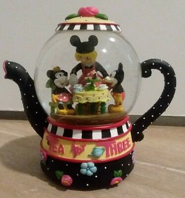 Mickey Minnie Mouse Mary Engelbeit Tea For Three Musical Water Snow Globe