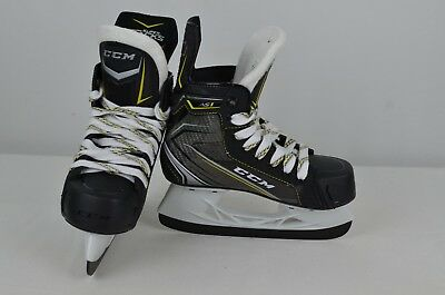 CCM Super Tacks AS1 Ice Hockey Skates Youth Size 13.5 D (0810-C-AS1-Y13.5D)
