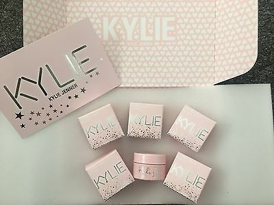 Kylie Cosmetics Birthday Edition Collection Ultra Glow Loose Powder Highlighter