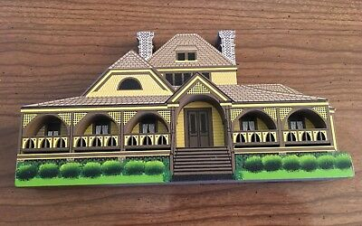 "EUC Shelia Collectible ""The Wrens Nest"" Atlanta Georgia ATL04 Shelf Sitter House"