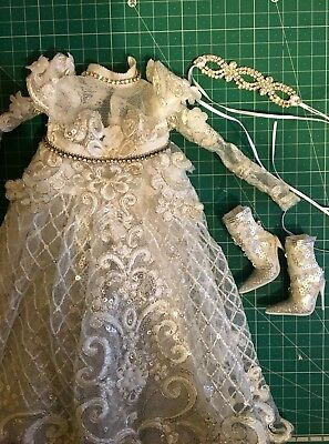 Dress and Shoes for Sybarite Doll