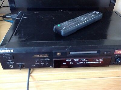 Sony Mini Disc Player JE 530. With remote