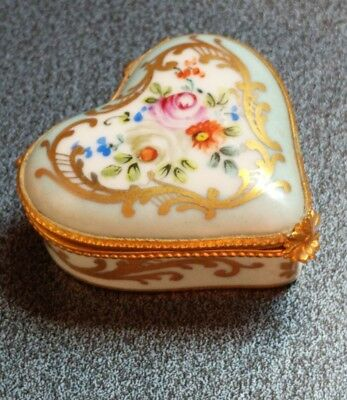 Vtg Decor Main Limoges France Champs Elysees Porcelain Heart Hinged Trinket Box