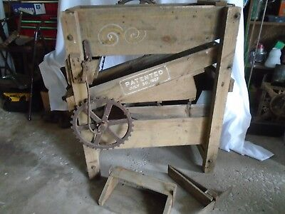 Antique 1907 Emerson Kicker Hand Crank Operated Seed Cleaner Wild Oat Separator