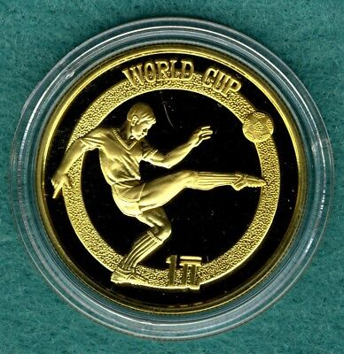 "China  1 Yuan 1982  "" Fussball WM """