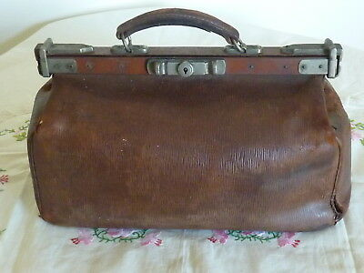 Antique Australian Kitching Brown Leather Gladstone Doctors Kit Bag With Key