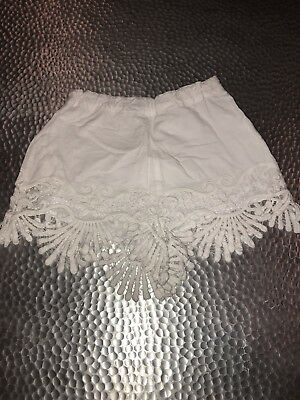 Girls Bardot Junior White Shorts. Size 10