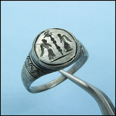 > VICTORIAS between STANDARD < ANCIENT ROMAN SILVER RING!!!!EXCELLENT!!!