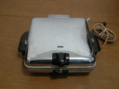 Vintage 1950's Art Deco Arvin Model 3550 Waffle Iron, Grill Griddle Brown Chrome