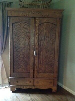 Antique Oak Armoire, Beautiful Condition