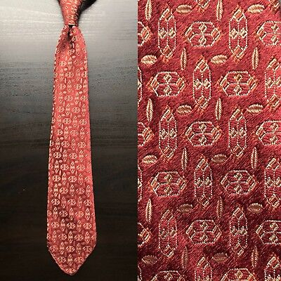 """Hexagons"" Burgundy Silk Brocade Tie EUC VTG Art Deco 1930s 1940s 1950s Untipped"