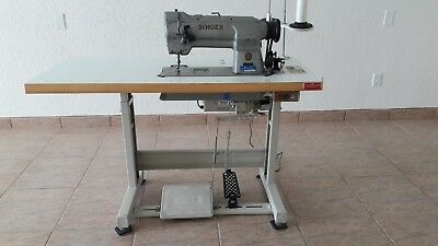 SINGER 211G165 Industrial sewing machine table/motor - Upholstery canvas leather