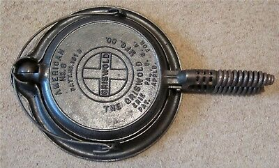 Vintage GRISWOLD CAST IRON WAFFLE IRON - American No. 8 151 N - Base No. 152 C