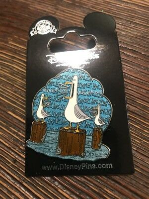 "Finding Nemo Seagulls ""Mine, Mine, Mine, Mine"" Disney Parks Collector Pin"