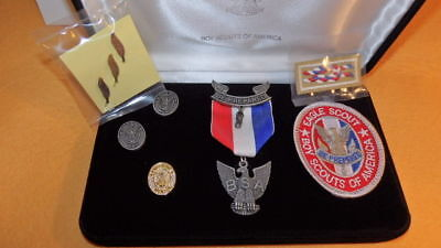 Boy Scout Eagle Set, Medal, Mom, Dad & Mentor Pins 3 Palms Knot Boxed Award Set