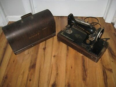 Antique 1927 Singer Model 99 Portable Knee Lever Sewing Machine In Case Ab560997