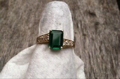 ESTATE Vintage 14k Yellow Gold CZ and Emerald Ring Size 8 Cocktail Nice Setting