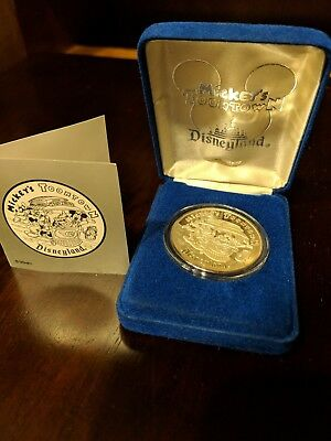 Vintage 1993 Mickeys Toontown Disneyland 1oz 999 Silver Limited Edition of 1000