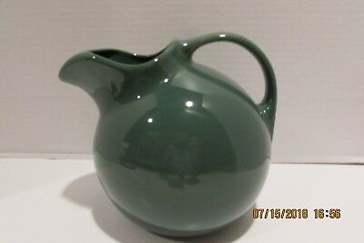 Hall China #633 Hunter Green Ball Pitcher