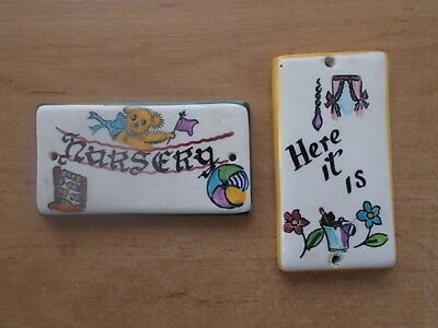 2 Vintage 1970's Toni Raymond Pottery Door Plaque Signs Nursery & Here It Is