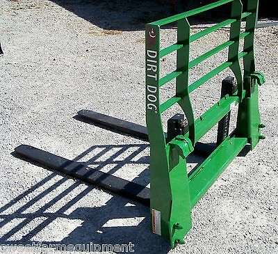 New Dirt Dog Mfg. Pallet Forks for JD Loaders Quick Attach.. Can ship cheap!