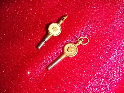 clock keys 2 small keys 1 number 6 and the other is number 8