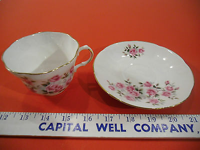 Royal Dover Bone China Tea Cup & Saucer Set, Made in England, Pink Roses - EUC