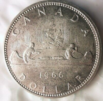 1966 CANADA DOLLAR - Excellent Silver Crown - Low Mintage Coin - Lot #817