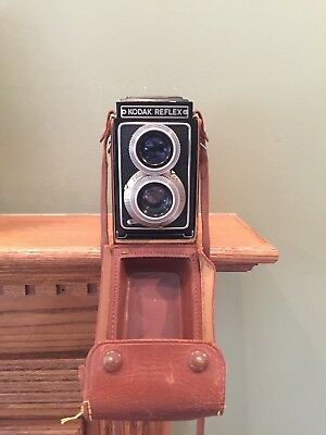 Kodak Reflex 2 1/4 x 2 1/4 Camera with Kodak Anastar Lens & Field Case