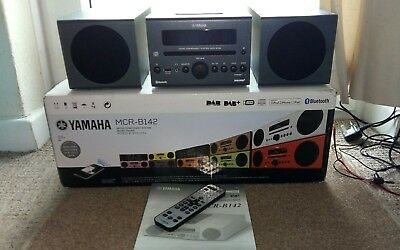 Yamaha MCR-B142 Stereo System in Dark Grey  Boxed EXCELLENT Bluetooth little use