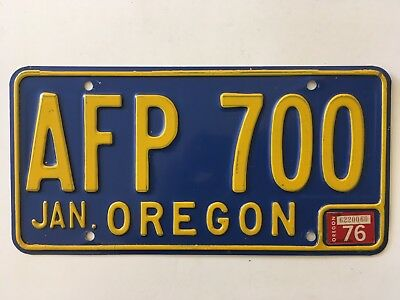 1976 Oregon License Plate Nice Condition