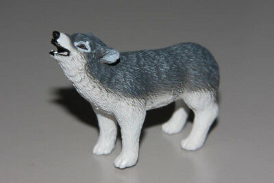 Yowies are back 2017 series 1 Gray Wolf (will combine postage)