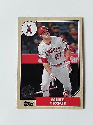 2017 Topps Baseball 30th Anniversary Insert Card Mike Trout