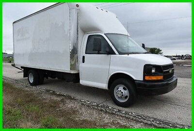 2005 Chevrolet Express 16' Box Truck Used