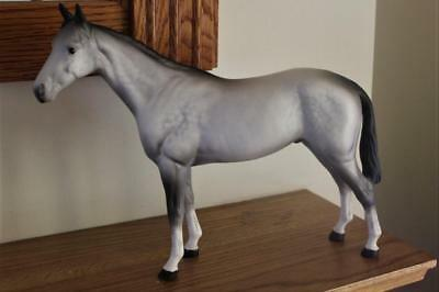 A Beswick Grey Race Horse Standing Position Head On One Side Tail On Same Side..