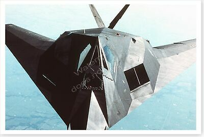 F-117A Stealth Fighter Midair Refueling Operation Desert Shield 8 x 12 Photo